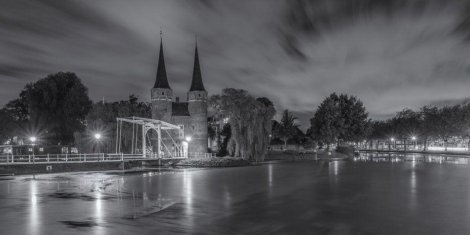 Oostpoort Delft, zwart-wit - 3