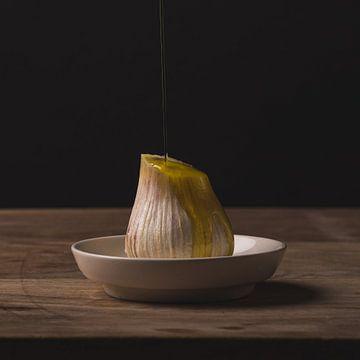 Stilleven - Garlic and Oil no. 1 van