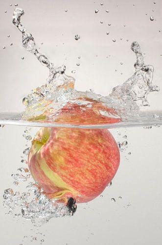 Appel te water van