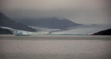 Uitzicht op de Upsala Gletser, El Calafate Argentinie van Bianca Fortuin