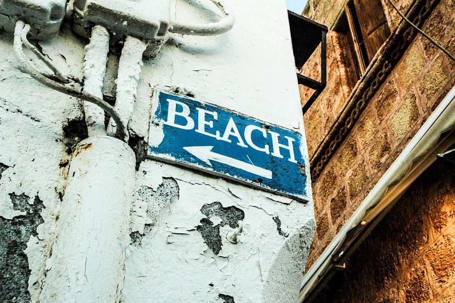 Bordje richting het strand van Barbara Koppe