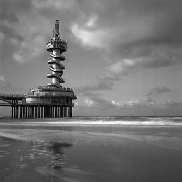 De Pier van Scheveningen von Nico van Dijk