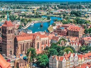 Zicht op de kathedraal en haven van Gdansk, Polen