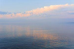 Ein stimmungsvoller Abend am Meer