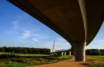 Elbaue bridge van Georg Tausche