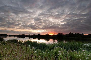 Sonnenuntergang Arkenheem Polder von Leon Huurman