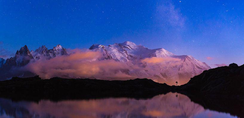 Mont Blanc Twilight Zone van Sander van der Werf