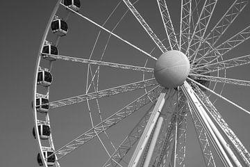 spinning the wheel van Marieke Treffers