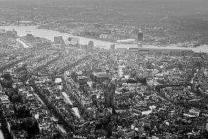 Amsterdam en het IJ boven de grachtengordel