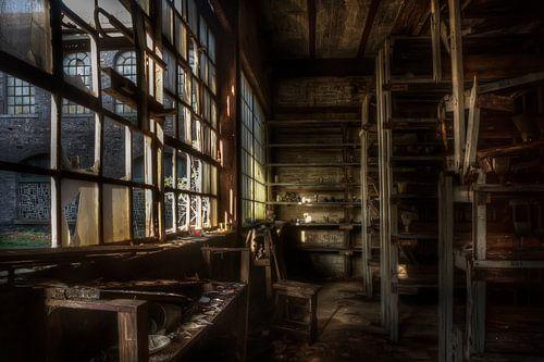 Verlaten kristalfabriek (Urbex) van Eus Driessen