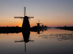 sunrise kinderdijk holland