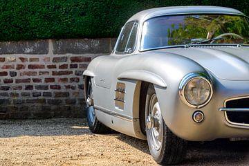 Mercedes-Benz 300SL Gullwing 1954 voiture de sport sur