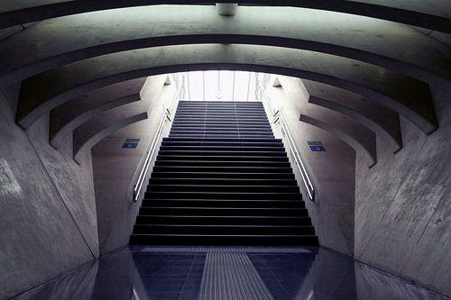 Abstracte stenen trap van Maurice de vries