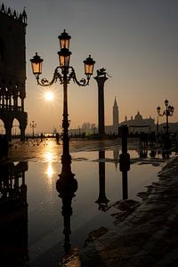 Sonnenaufgang am Markusplatz in Venedig