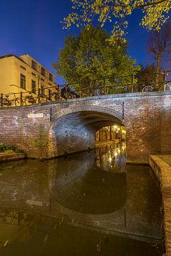 Quintijnsbrug over de Nieuwegracht, Utrecht. van André Russcher