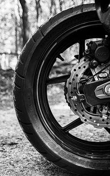 Motor, achterwiel, detailfoto van Nynke Altenburg