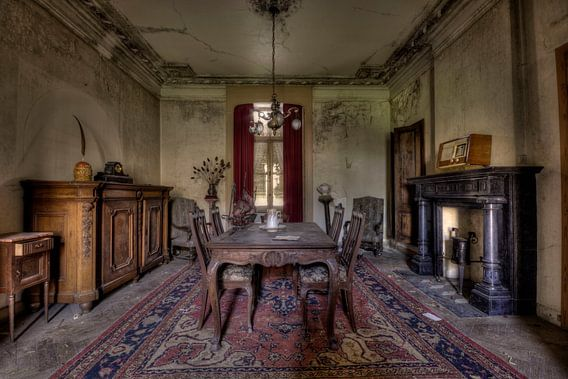 Urbex oude woonkamer