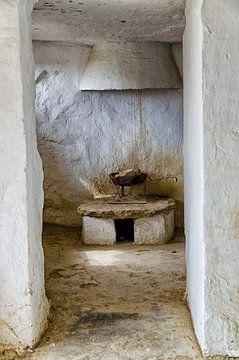 l'Espagne - Intérieur de la vieille maison troglodyte Arguedas sur Hannie Kassenaar