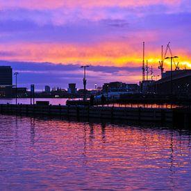 Morning Skyline of Amsterdam van Silva Wischeropp
