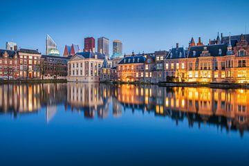 Hofvijver met binnenhof in Den Haag van Eelco de Jong