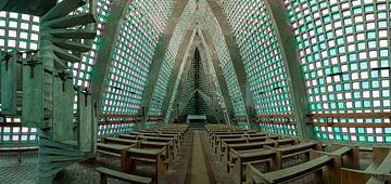 L'Église des couleurs sur Lien Hilke