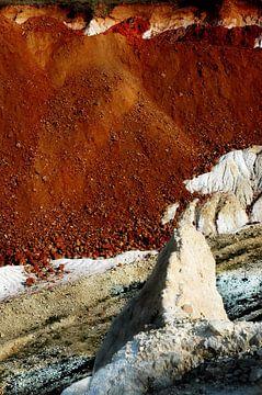The brown mountain van Sevdalin Donchev