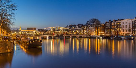 Amsterdam by Night- Magere Brug en de Amstel - 2