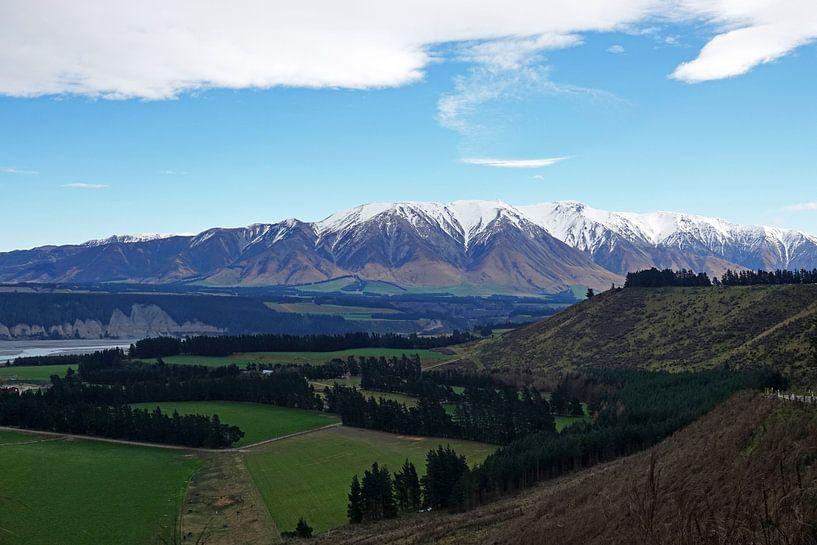 Landschap van Rakaia gorge op het zuidereiland van Nieuw Zeeland. van Aagje de Jong