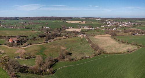 Vue aérienne de la vallée de la Geul, près d'Epen, dans le sud du Limbourg.