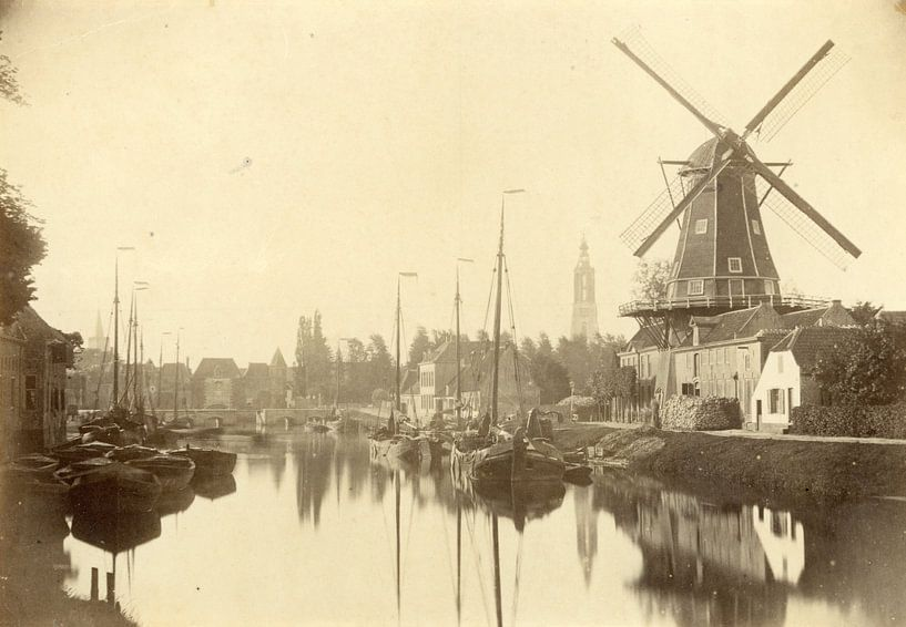 """De Eem met (olie) molen """"De Rijzende Zon"""" aan de Kleine Koppel (1864). van Creative Masters"""