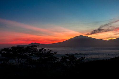 Merbabu Sunrise von Marc Arts