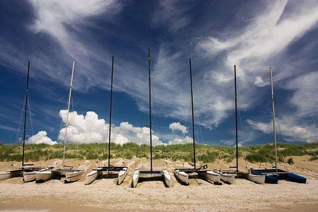 catamaran op het strand