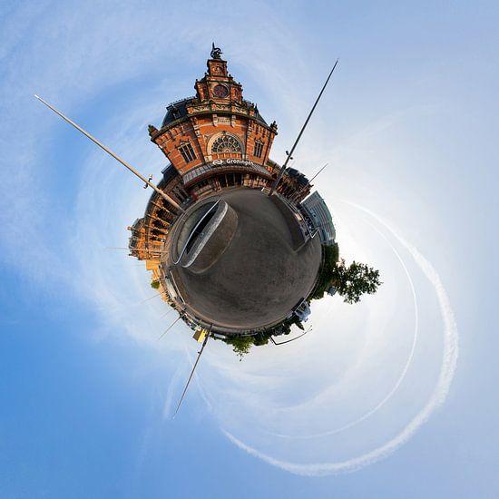 Planet Hoofdstation Groningen van Frenk Volt