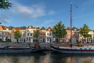 De haven in 's-Hertogenbosch, Nederland van Joost Winkens