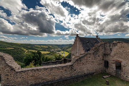 Het kasteel Bourscheid Luxemburg