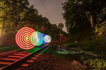 Glowing Circles van Niklas Schnieder
