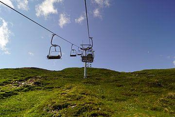 Fahrt mit dem Sessellift im Glencoe Mountain Resort. Blick auf die bezaubernde Landschaft von Babetts Bildergalerie
