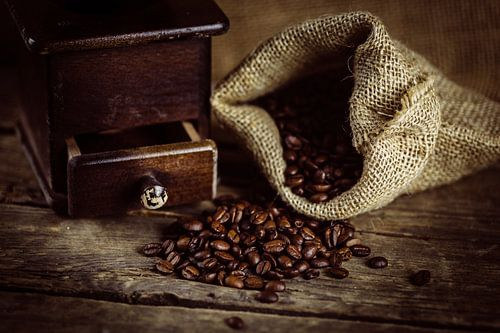 Sack Bohnenkaffee mit Mühle