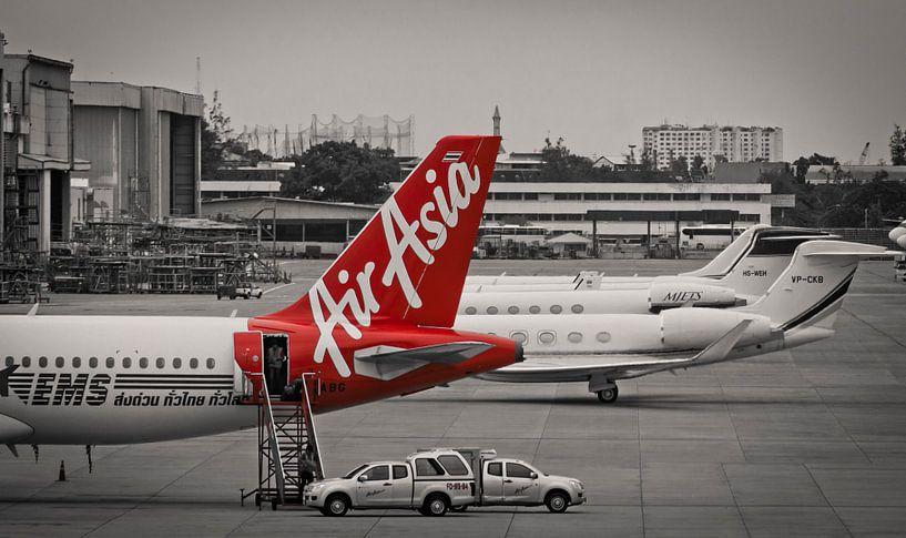Now everybody can fly... met Air Asia van Sven Wildschut