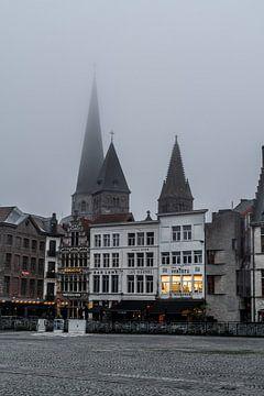 Nebliger Abend in Gent von Mickéle Godderis