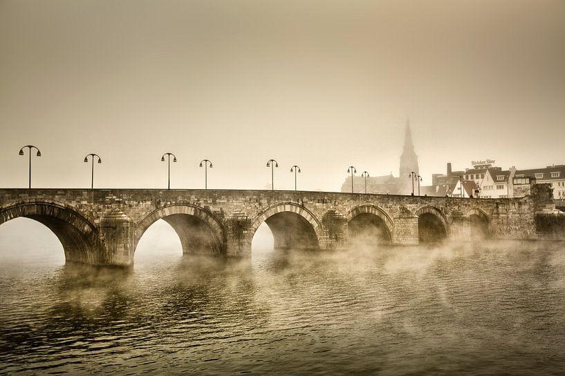 Le pont Saint-Servatius à Maastricht sur Frans Lemmens