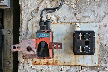 Schalter und Knöpfe zur Bedienung eines Kranes von Heiko Kueverling