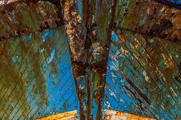 Bug eines verwitterten Schiffes. von Axel Weidner