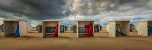 Hollandse zomerdag op strand van Katwijk aan Zee van