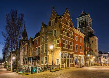 Delft tijdens het Blauwe Uur van Charlene van Koesveld