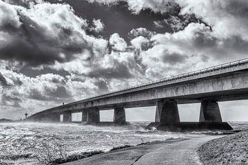 Pont dans une tempête sur Sjoerd van der Wal