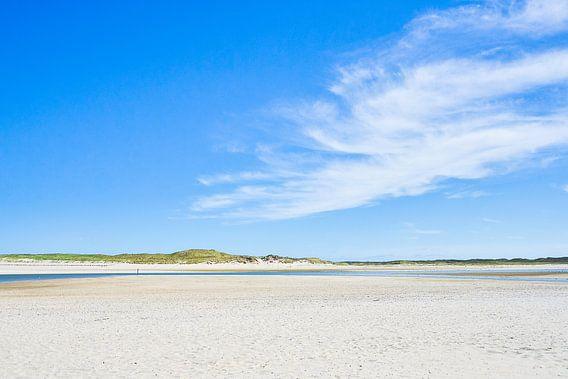 Sand and sky (Texel) van Alessia Peviani