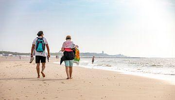 Spaziergang am Wasser entlang am Strand von Percy's fotografie