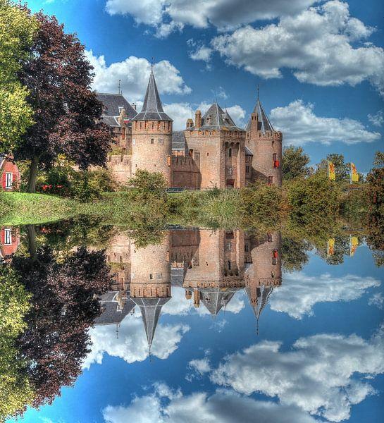Wasserspiegelung, Muider Slot, Niederlande von Maarten Kost