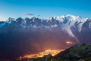 Chamonix by night von